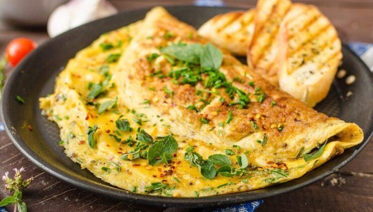 Sebzeli peynirli fırında omlet 1 yaş ve sonrası çocuklar için