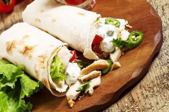 Beslenme çantası için 2 besleyici pratik sandviç tarifi
