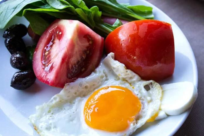 Kahvaltı etmeyi keyfe dönüştürecek 1 yaş üstü çocuklar için 8 kahvaltı