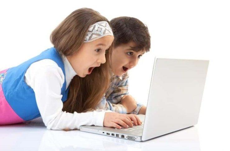 Teknoloji bağımlılığı çocukların vücut şeklini de etkiliyor