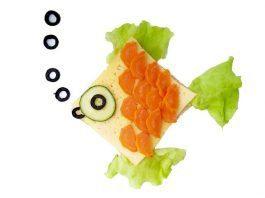 Beslenme çantası için üçgen sandviç tarifleri