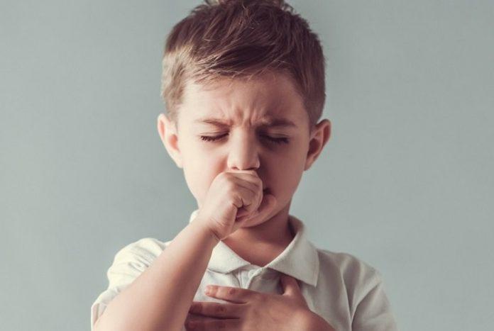 Çocuklarda öksürük neden olur nasıl tedavi edilir?