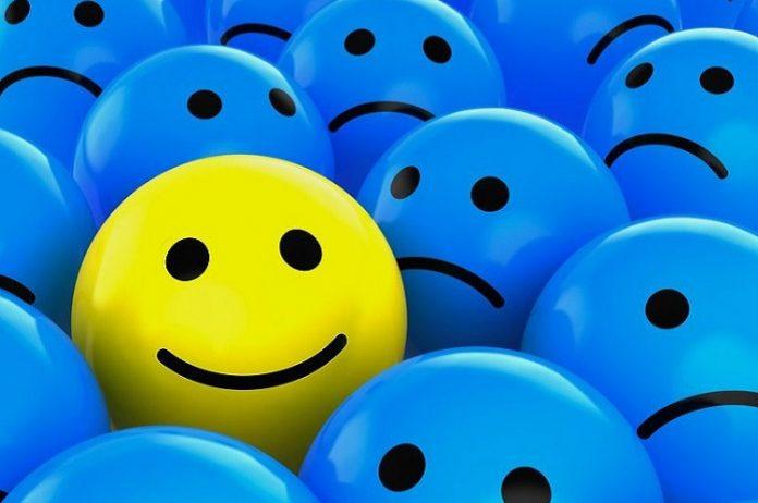 Söylenmeyi bırak hayatı mutlu yaşamaya bak!