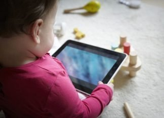 Teknolojik cihaz kullanımı artan çocukları büyük bir tehlike bekliyor!