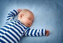 Bebeklerde uyku düzeni nasıl sağlanır, ay ay bebek uyku süresi
