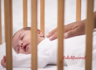 Bebeklerin uyku düzeni konusunda yapılan 8 hatalı davranış!