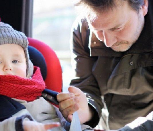 Kışın çocukla araba yolculuğu yaparken ısı ve güvenliğe dikkat!