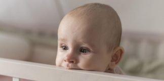 Bebeklerde göz çapaklanması nedeni ve tedavisi