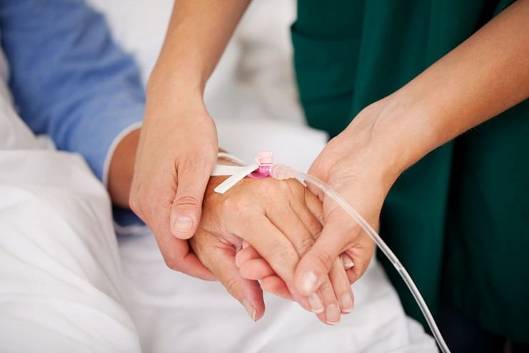 Kemoterapi ilaçlarının yan etkilerini azaltan cihaz geliştiriliyor