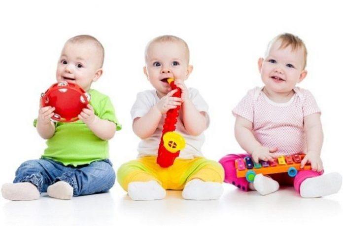 9 aylık bebekler neler yapabilirler