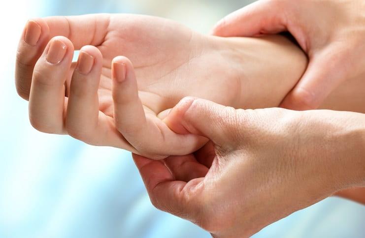 Romatoid artrit nedir, tedavisi nasıldır?