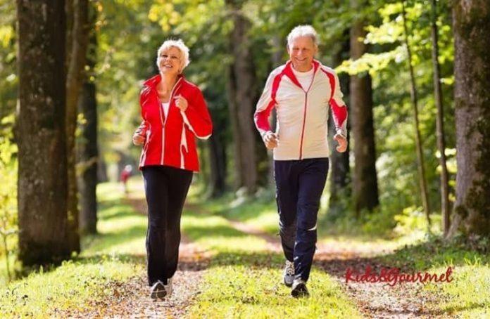 Egzersiz yapmaya ileri yaşlarda başlamak da fayda sağlıyor