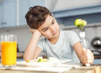 Büyük çocuklarda görülen yeme problemi