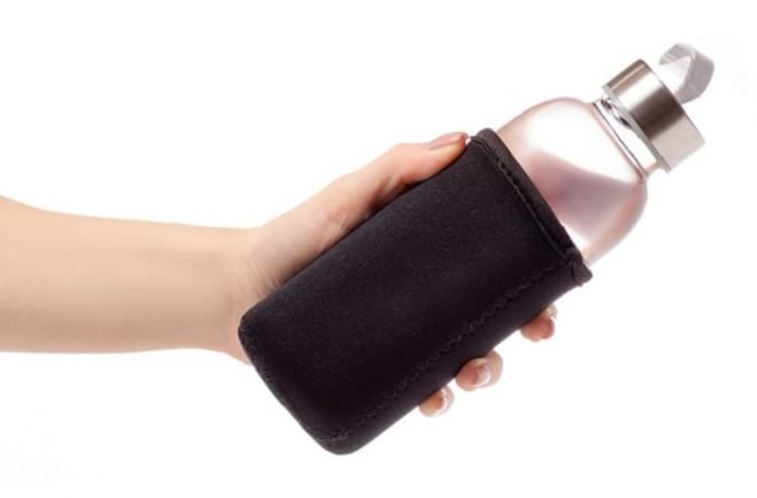 En iyi su matarası cam mı, metal mi plastik mi?