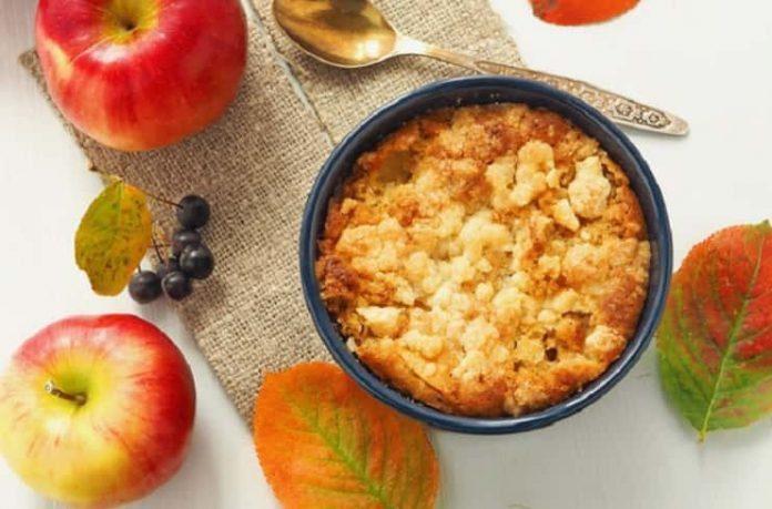 Bademli elmalı crumble