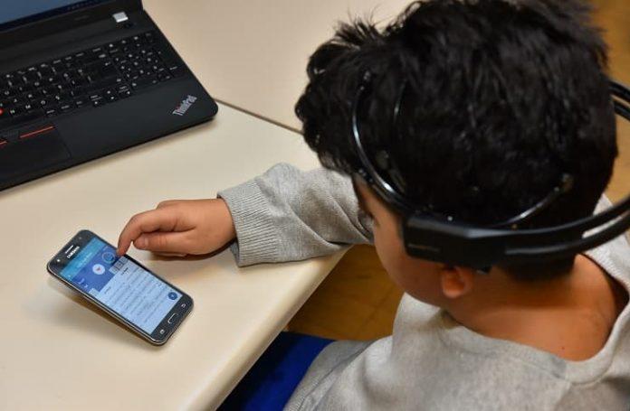 Disleksik çocuklar için geliştirilen yazılım