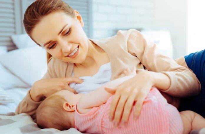 Aşırı anne sütü üretimi de sorun olabilir