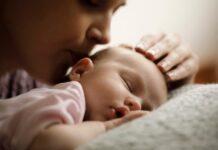 Bebeklerde güvenli bağlanma yaşamla kuralan ilk bağ