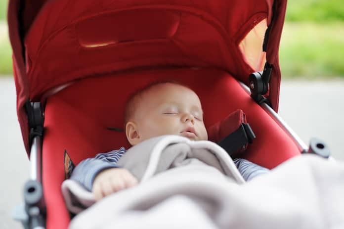 Bebek arabası deyip geçmeyin! Bebek arabası alırken dikkat edilmesi gereken 7 şey