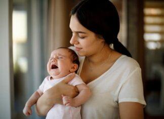 Bebekler uyumadan önce neden ağlar